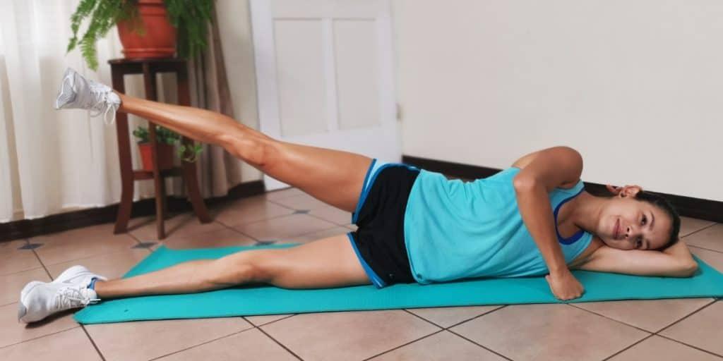 Abducción de cadera en decúbito lateral